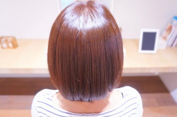 「毛先もキレイな縮毛矯正」と「白髪染めもキレイな縮毛矯正」